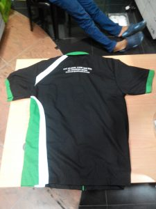 baju f1 urc belakang